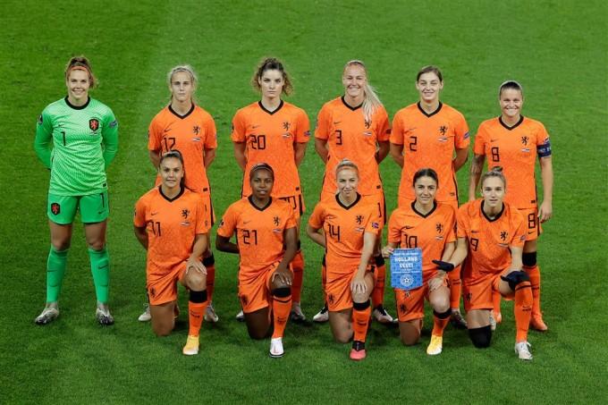 Opstelling Oranje Vrouwen Leeuwinnen Opstelling Nederland Vandaag En Vanavond