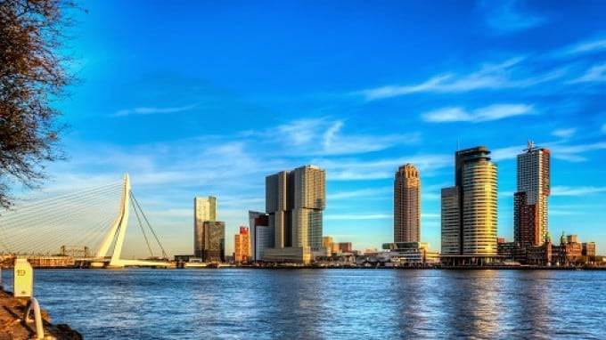 1456-Rotterdam-Image-Bank-Editorial-cropped.jpg