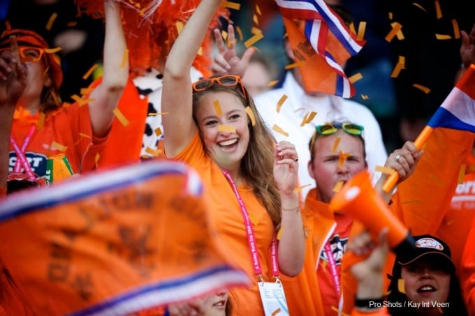 Supporters_Oranje_-_Copyright-ProShots-754285_-_Kay_Int_Veen-CREDIT.jpg
